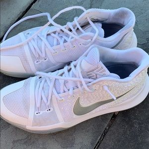 Nike Kyrie 3 men's white chrome basketball sneaker